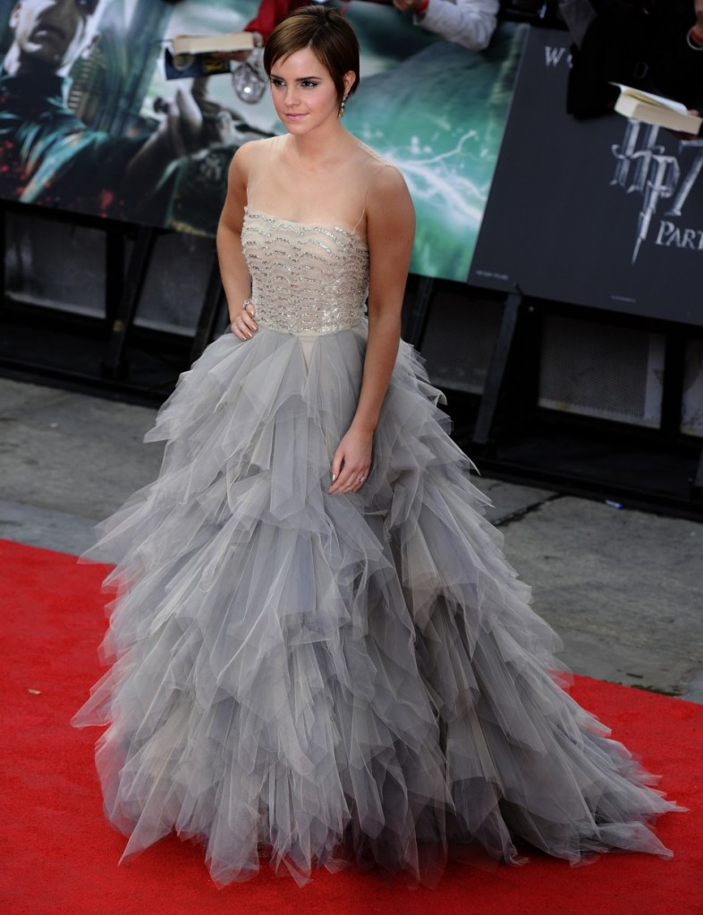 Top 10 Emma Watson Fashion Moments
