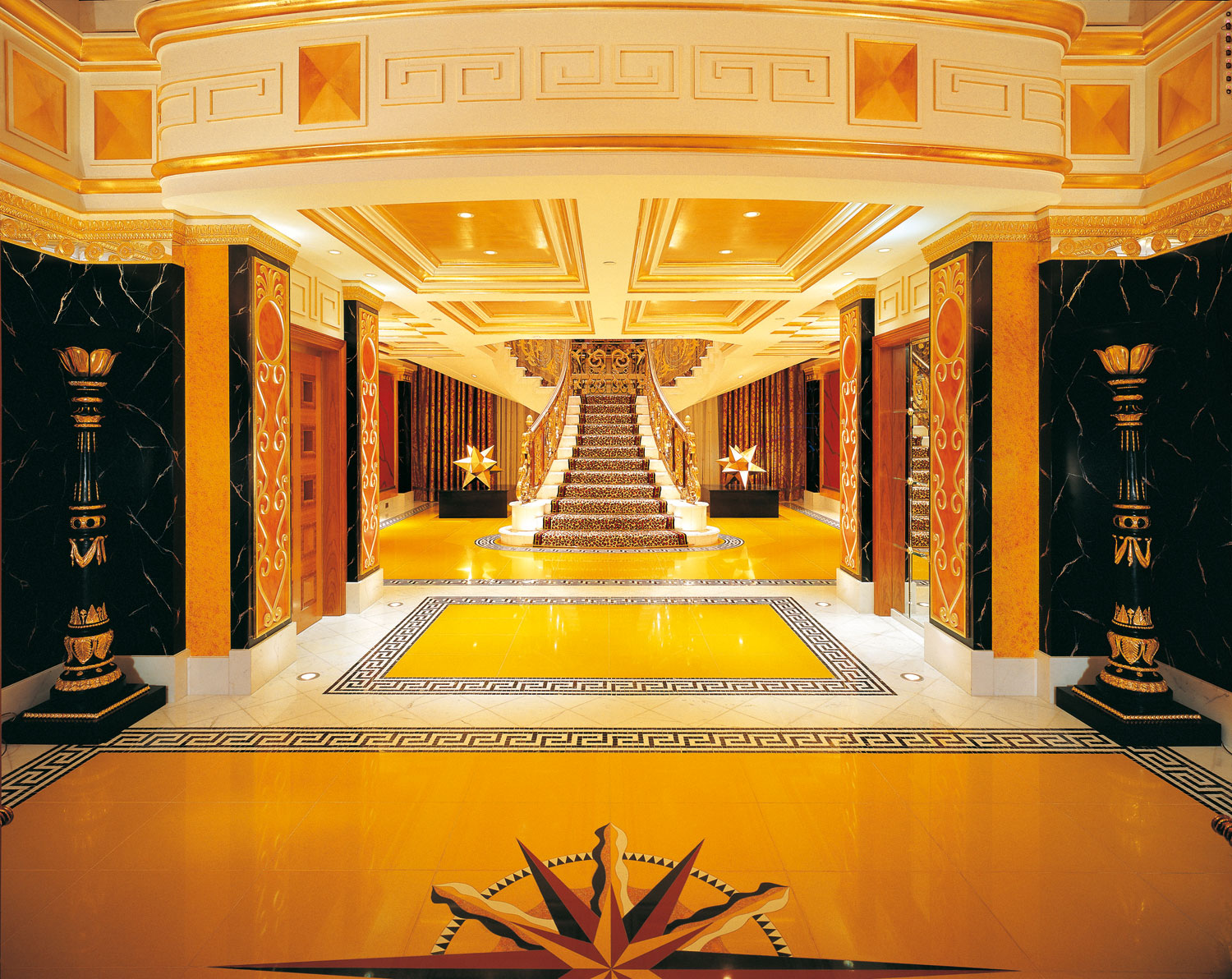 Top 10 most expensive hotel suites in the world 2011 the for Most expensive place to stay in dubai