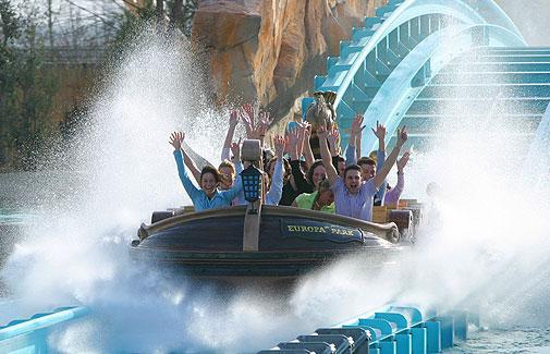 Top 10 amusement parks of the world the original top 10 for Amusement parks in paris